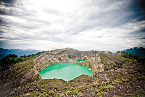 kelimutu_lake